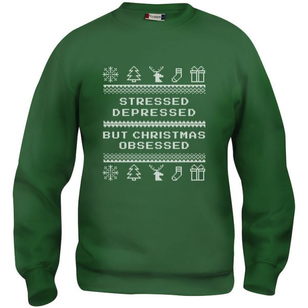 "Grønn genser med ""Stressed, depressed, but Christmas obsessed"""
