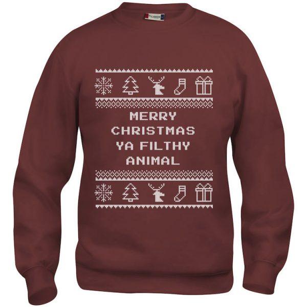 """Rød genser med sitat fra Alene Hjemme, """"Merry Christmas ya filthy animal""""."""