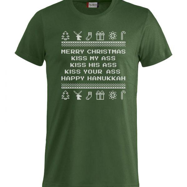"""Grønn t-skjorte med sitat fra """"Hjelp, det er juleferie"""""""