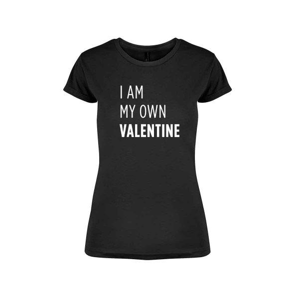 """Svart t-skjorte fra YouBrands med fluoriserende trykk """"I am my own Valentine"""""""