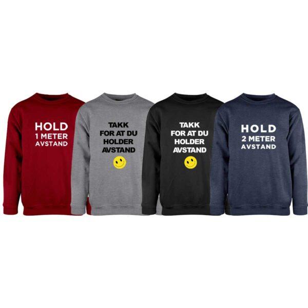 Sweatshirt i mørk rød, grå, sort eller blå, med Hold avstand-trykk på brystet