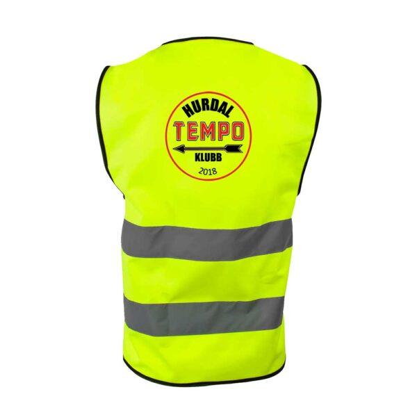 Gul refleksvest med glidelås foran og Hurdal Tempoklubbs logo på ryggen